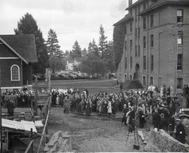Crowd attending library cornerstone laying