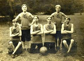 PLA junior basketball team, 1906