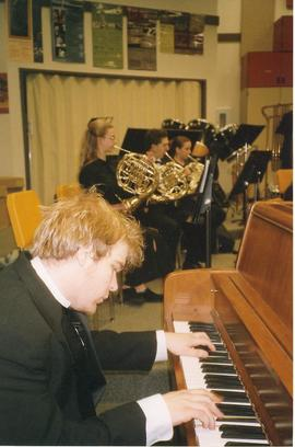 Performance, Wind Ensemble tour 2004