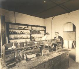 Science Hall chemistry lab