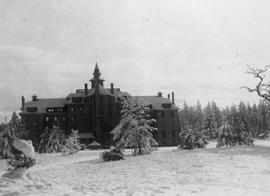 Old Main (in snow)
